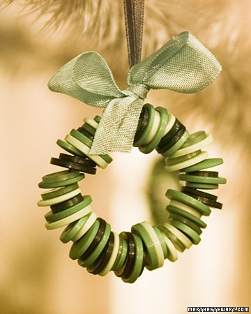 Button-Crafts-for-Christmas-Decorations7.jpg